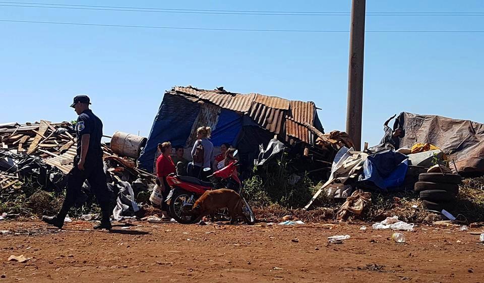 Misiones: Desalojaron a 200 familias