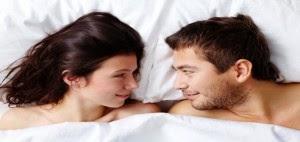 58498fb77387d تعد العلاقة الجنسية تعد من بين أهم أساسيات العلاقة الزوجية الناجحة، فقدرة  المرأة على النجاح في ممارسة الحب داخل الغرفة الزوجية، يجعل زوجها متيما  بحبها و غير ...