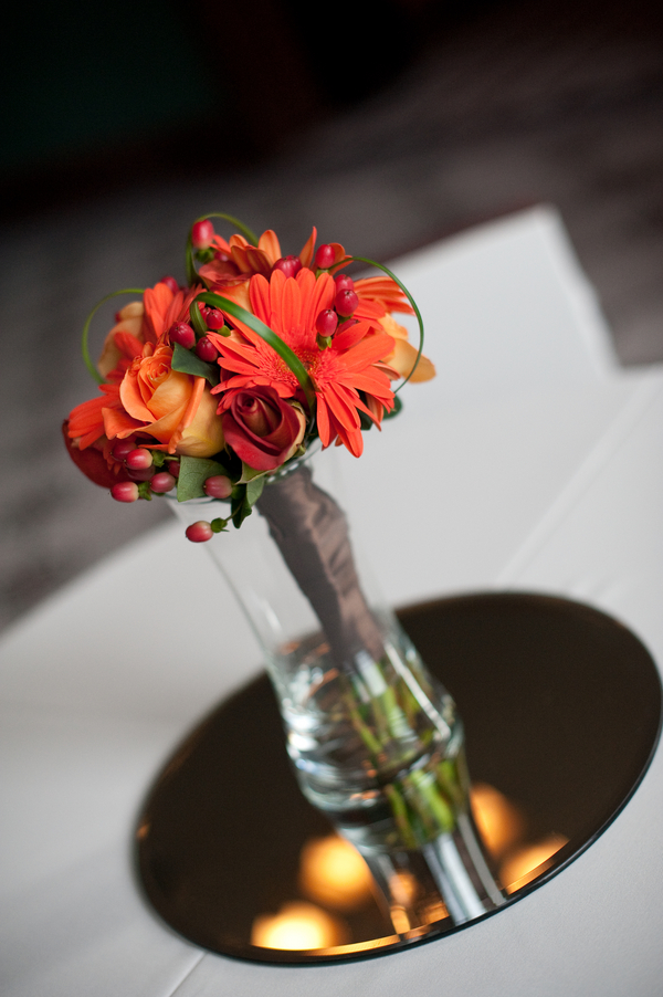 Fall+autumn+wedding+orange+red+halloween+pumpkin+hallows+eve+bride+groom+black+bridesmaids+dresses+orange+burnt+leaves+leaf+centerpieces+Alisha+Crossley+Photography+12 - The Bewitching Hour