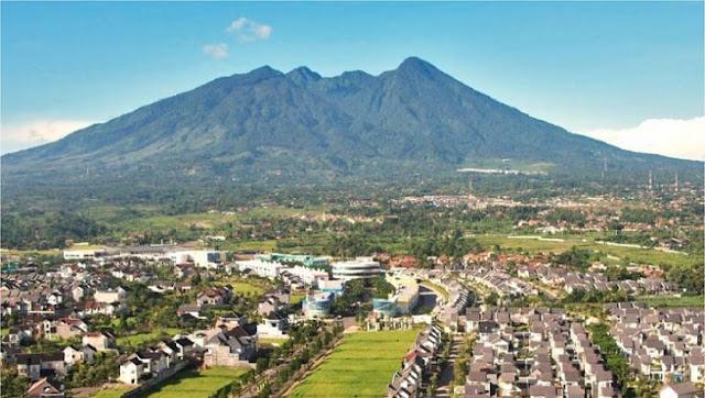 10. Gunung Salak, Sukabumi