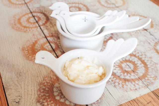 Cách làm trắng da với sốt mayonnaise bạn thử chưa?