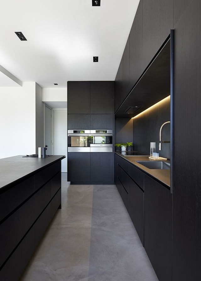 Cocinas negras ideas para un resultado espectacular for M s mobiliario auxiliar para tu cocina s l