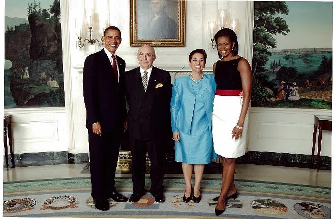 Estados Unidos expulsó al embajador Luis Gallegos