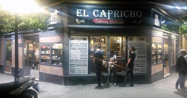 EL CAPRICHO, fachada