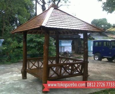 Gazebo Kayu Jati Ranting Pohon
