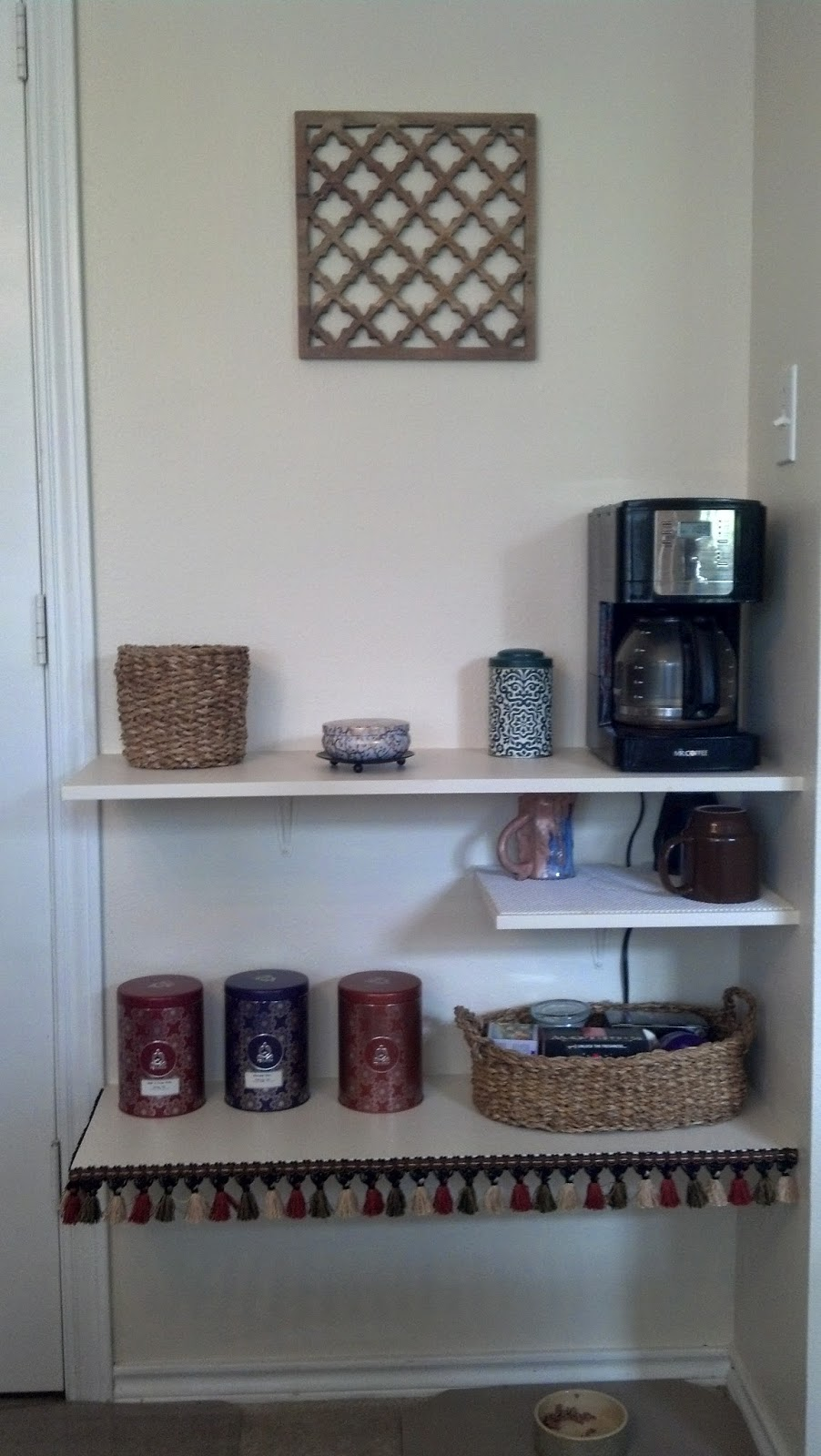 Fix Lovely Diy Coffee Nook Good Use Of Dead Space