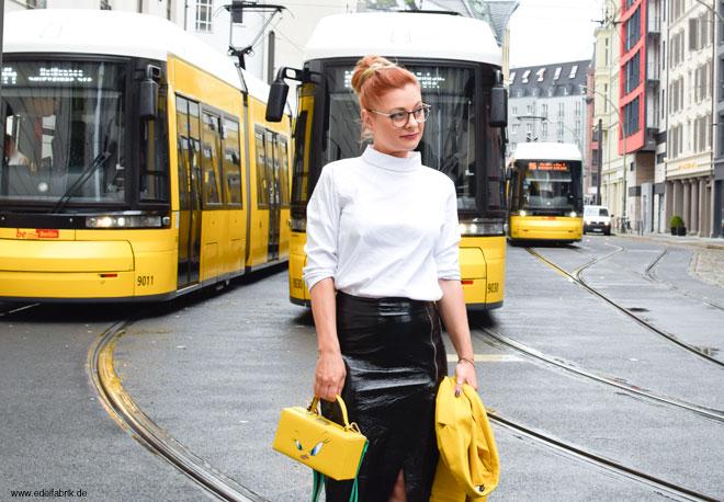 klassischer schwarz weiß Look, gelbe Details