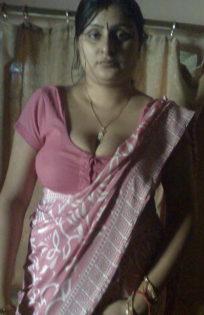 hot milky boobs bhabhi
