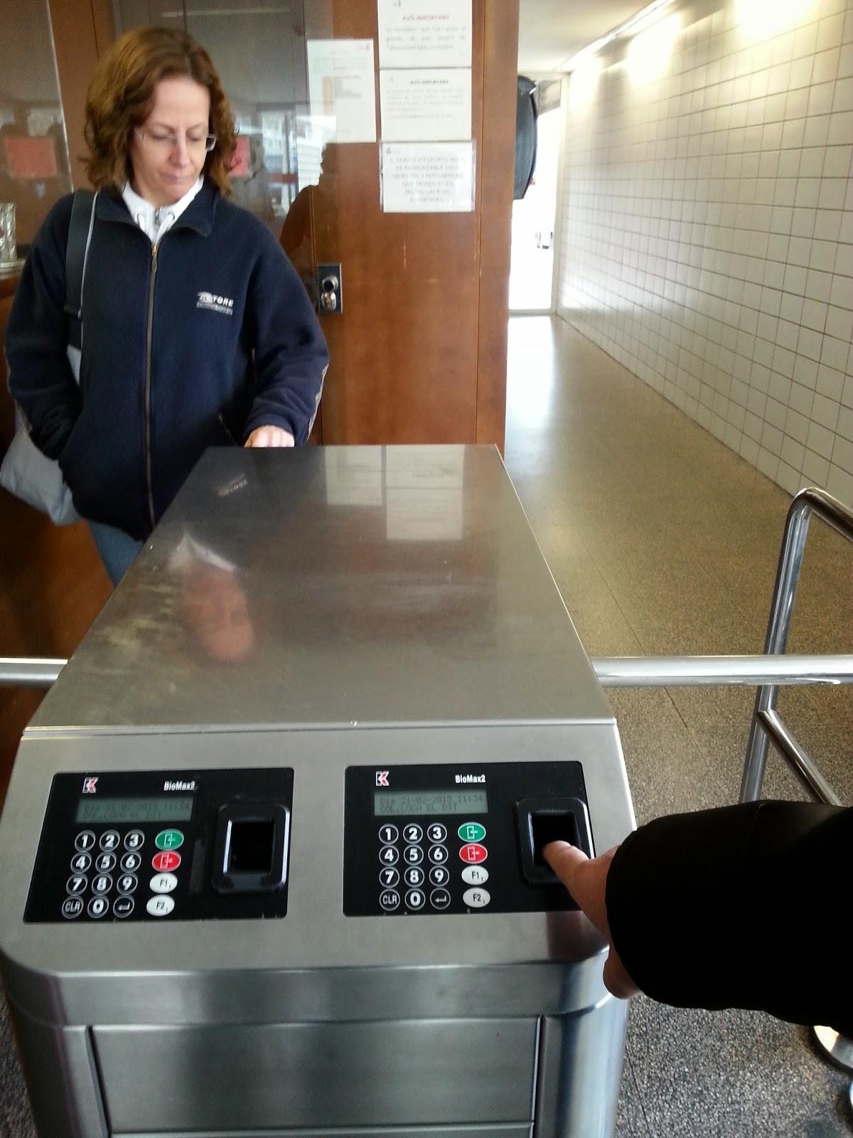 Control de accesos por huella dactilar