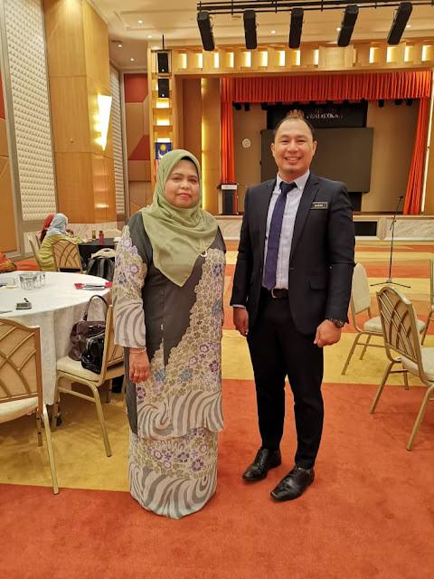 Kenangan dengan Cikgu Siti Hatifah, guru Bahasa Melayu saya