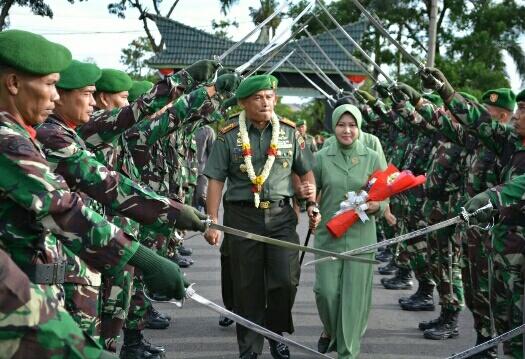 Kolonel Inf Raden Wahyu WS.SIP.M(HAN) Menjabat Sebagai Danrem 022/PT