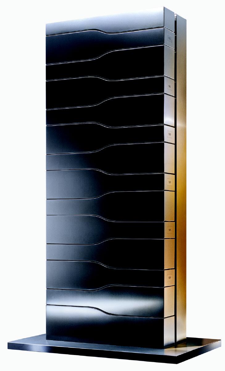 eluxo veuve clicquot vertical limit by porsche design. Black Bedroom Furniture Sets. Home Design Ideas