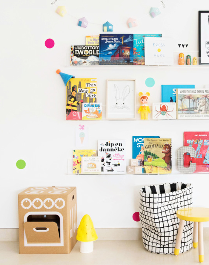 children shelves or children - styling Liveloudgirl