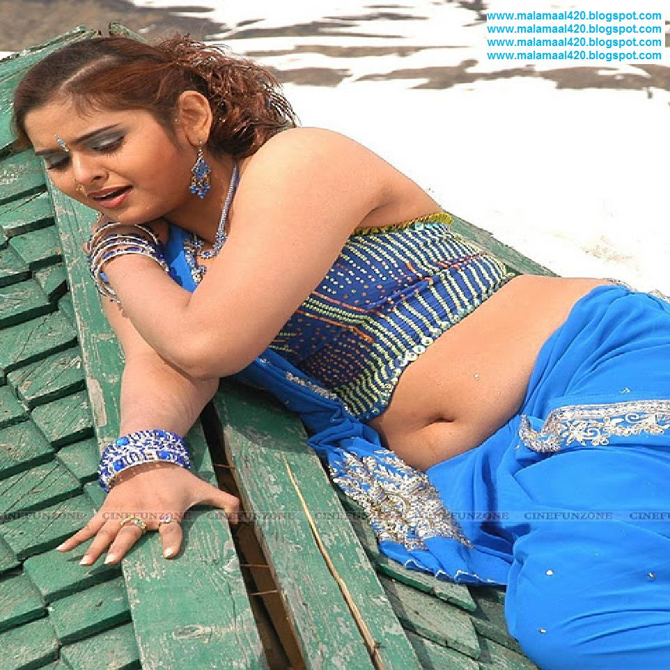 Mallu Aunty Sajitha Betti Hot Blue Navel  Bikini Pictures -2842
