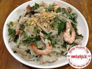 Đặc sản Bình Định bún số 8 trộn tôm thịt www.banhxepu.net