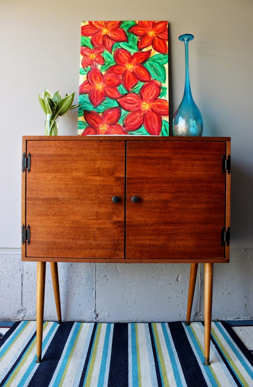 http://re-tiqued.blogspot.ca/2014/06/original-vintage-mcm-cabinet.html
