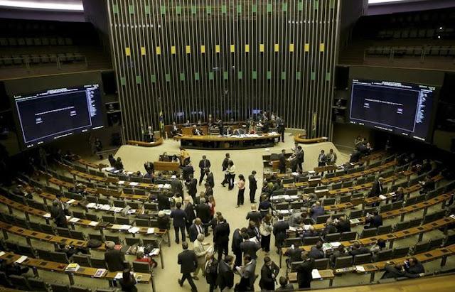 Câmara dos Deputados terá 15% de mulheres