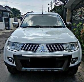 Mitsubishi Pajero Exceed tahun 2011 bekas