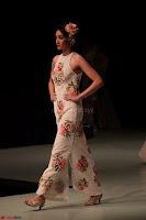Pallavi Jaikishan Celete 45year In Industry witha beautiful Fashion Show 26.JPG