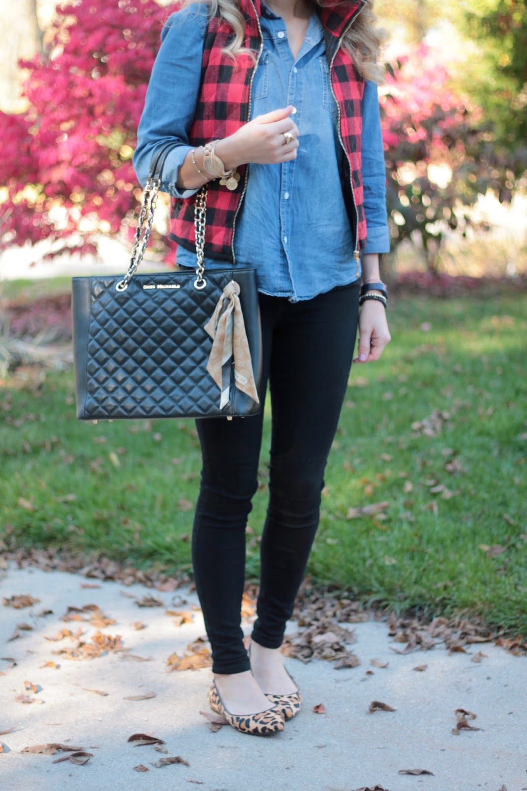 chambray, red plaid vest, black jeans, leopard flats, Greg Michaels black leather quilted tote