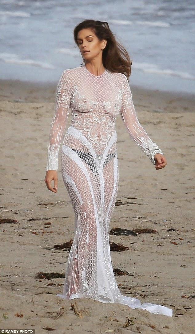Vestidos blancos para fotos en la playa