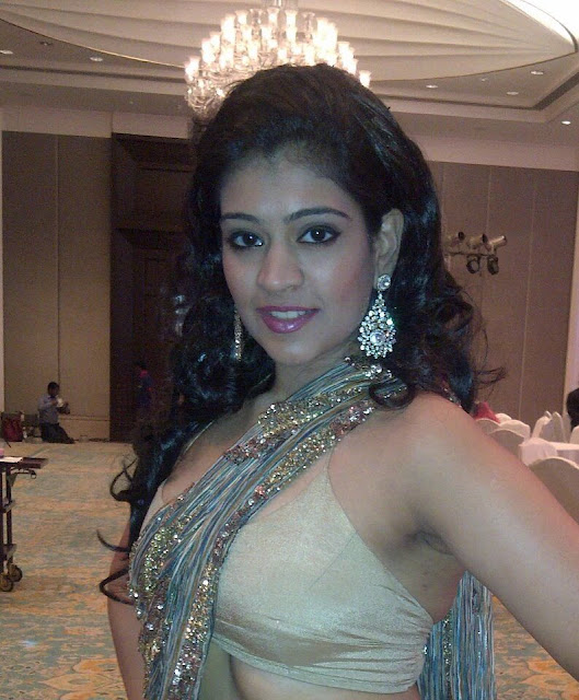 sexy-and-beautiful-indian-bhabhi