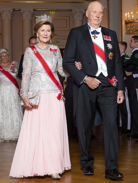 Crown Prince Haakon, Crown Princess Mette-Marit and Princess Astrid attended the gala dinner. Diamond tiara, diamond earrings and necklace