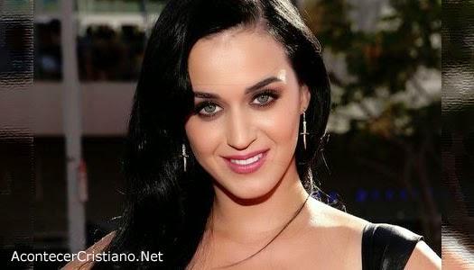 Katy Perry le canta al diablo
