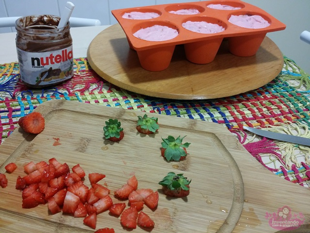 Cupcake de sorvete de chocolate, morango e Nutella