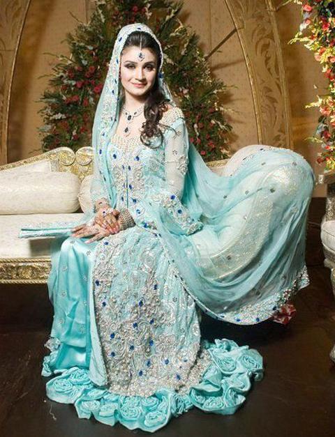 baju pengantin muslim ala india