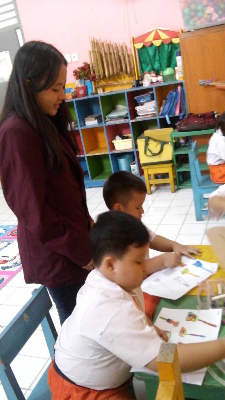 Mengajar Bpkb Paud Terpadu P3paudni Tentang Kebersihan Kegiatan Mewarnai Alat