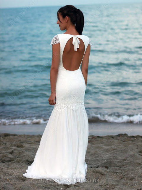 http://www.dressfashion.co.uk/product/trumpet-mermaid-scoop-neck-chiffon-floor-length-lace-open-back-famous-wedding-dresses-ukm00022545-17674.html?utm_source=minipost&utm_medium=1173&utm_campaign=blog