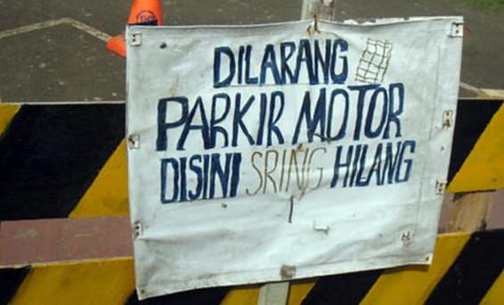 Tips Parkir Aman dan Tidak Disangka Curanmor