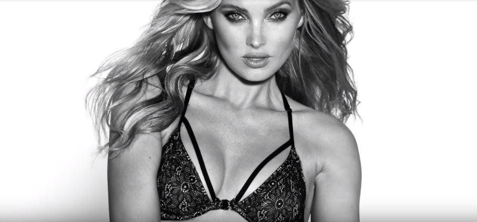 Modella Victoria's Secret pubblicità collezione intimo 2017 con Foto - Maggio 2017