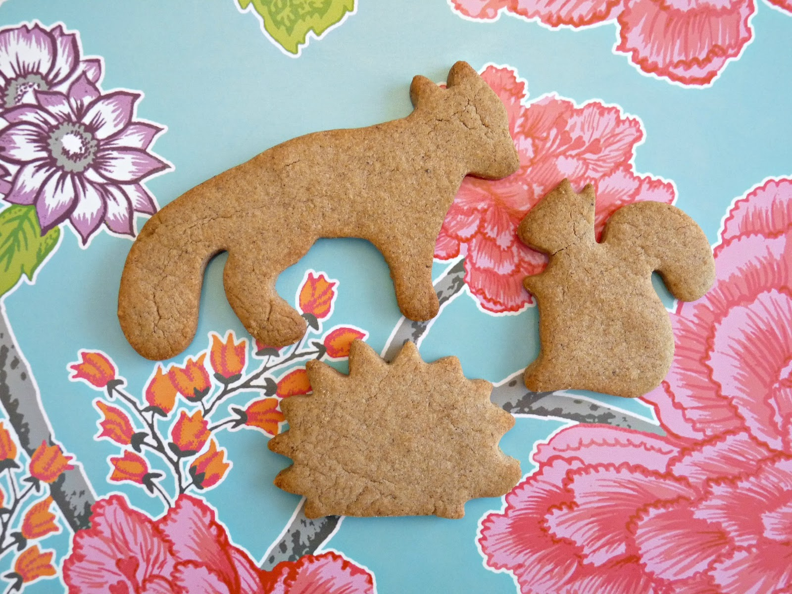 Wildlife cookie cutter shapes