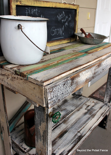 build a potting bench from reclaimed wood pallets