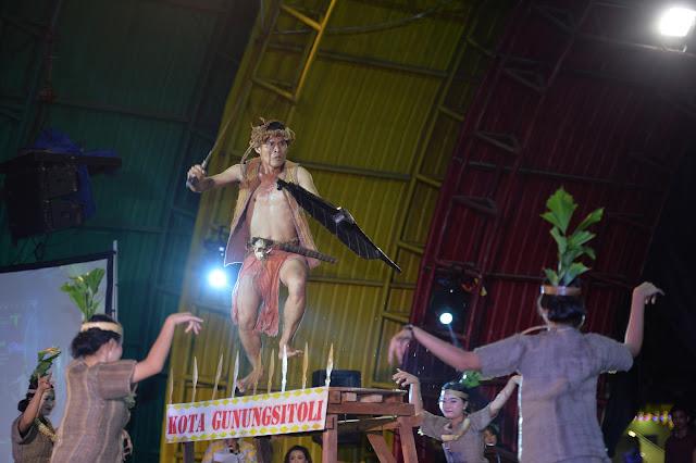 Wagubsu Saksikan Pagelaran Budaya Kota Gunung Sitoli