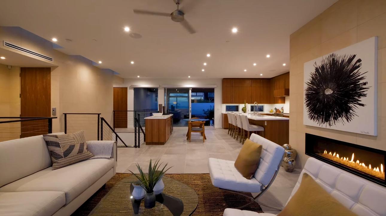 16 Photos vs. Brand New, Bird Rock Modern | 5519 Calumet Avenue, La Jolla - Luxury Home & Interior Design Video Tour