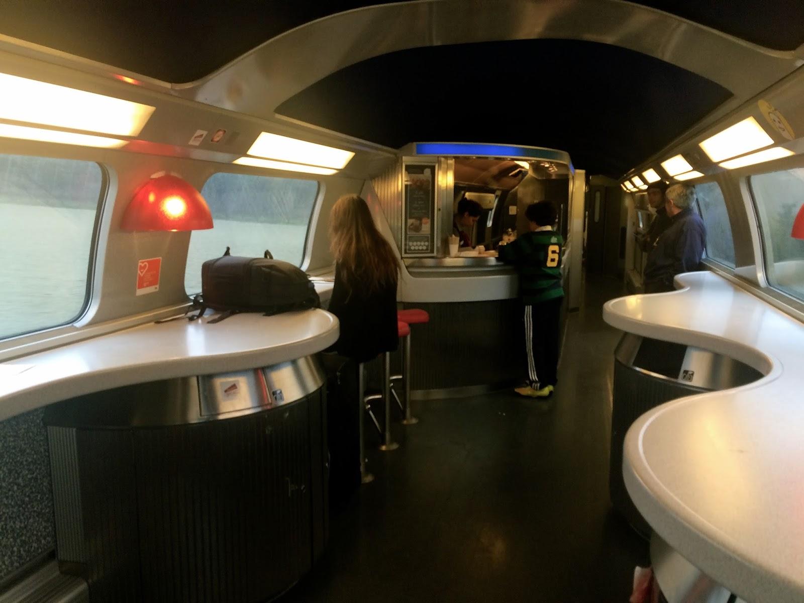 TGVの車内 バー/ビュッフェ車両