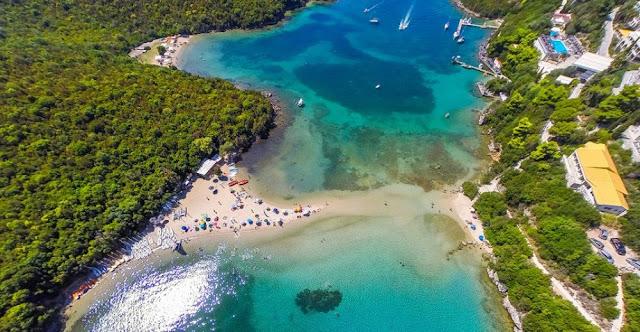 Ανησυχία για την επερχόμενη τουριστική περίοδο στα παράλια της Ηπείρου - Του Χρήστου Γκορέζη