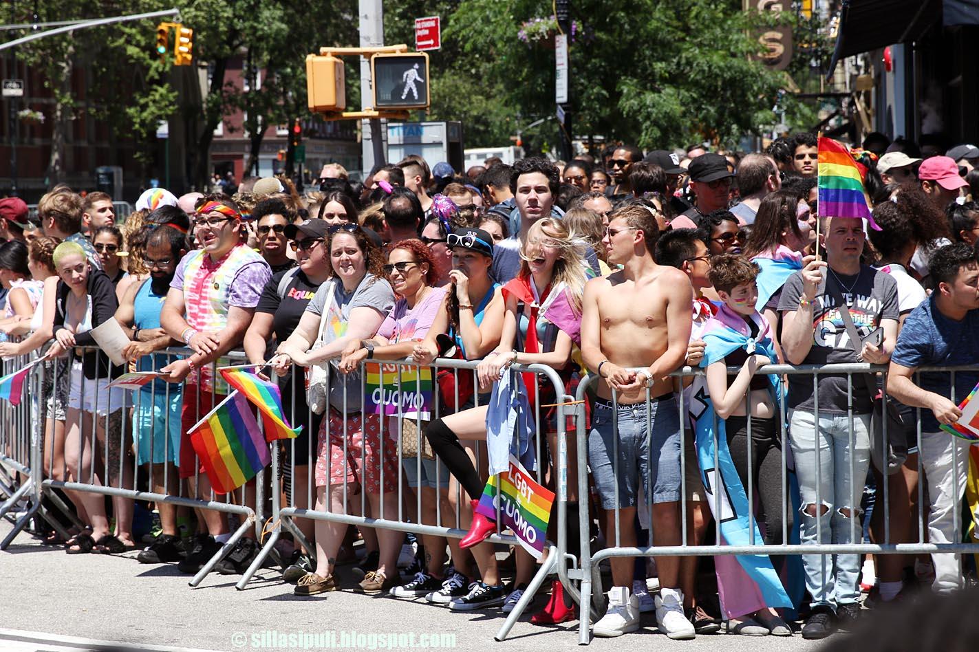 gay sivut paljasta kalua gay