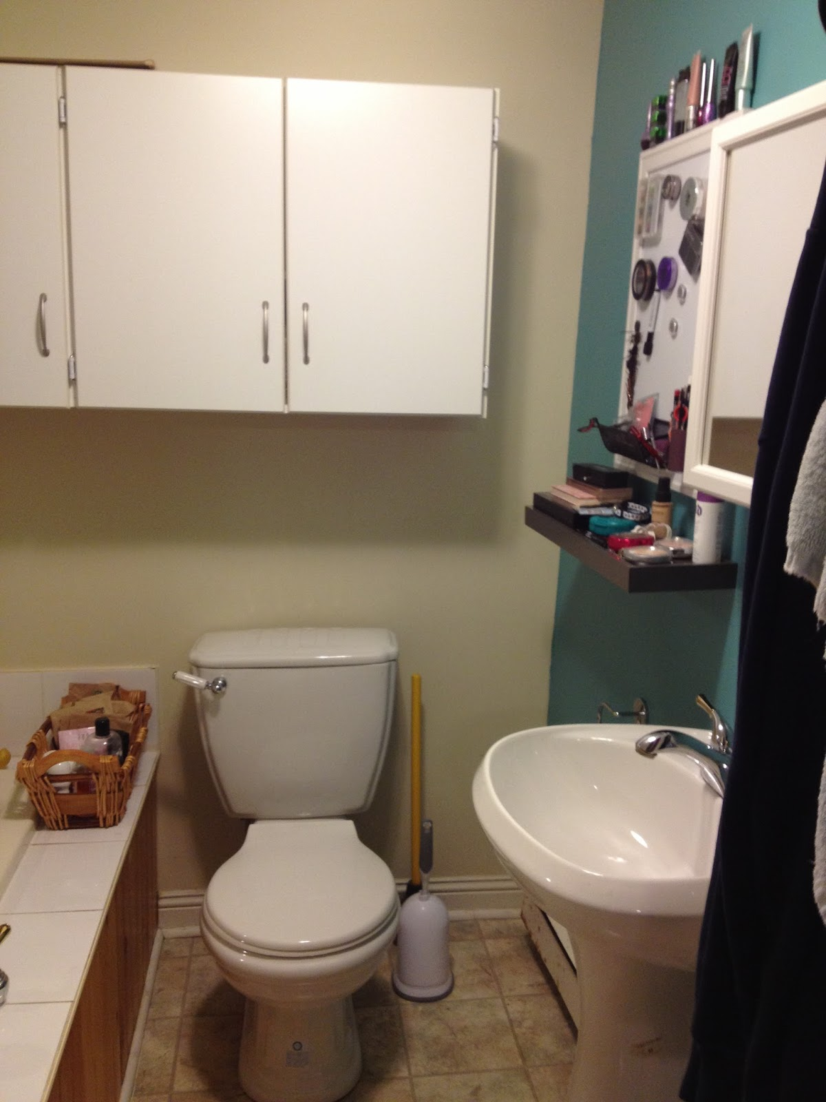 Blogging By The Moon Small Bathroom Makeover