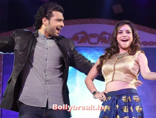 Karan Kundra and Sumona, Shriya Saran, Sridevi, Tamanna at GR8 Women Awards 2014