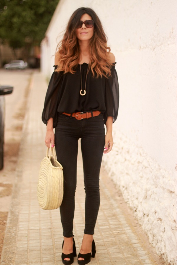 Total look negro, outfit black, hair style