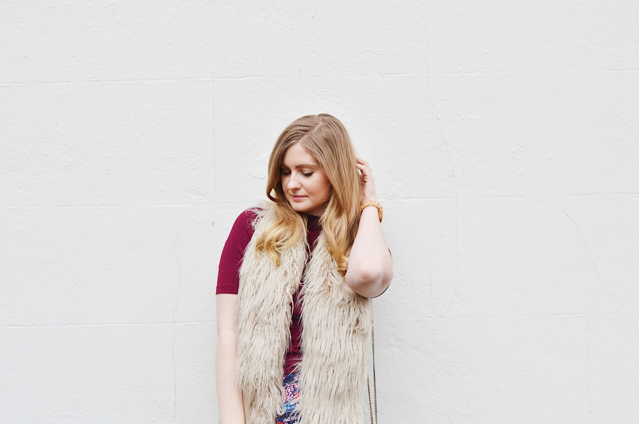 Seventies fashion outfit, fashion bloggers, UK fashion blog, FashionFake blog
