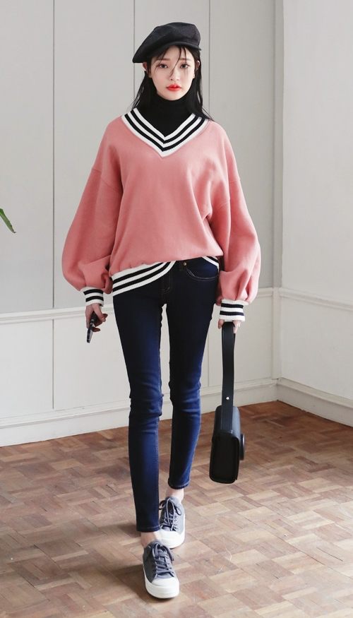 V-Neck Loose Fit Sweatshirt