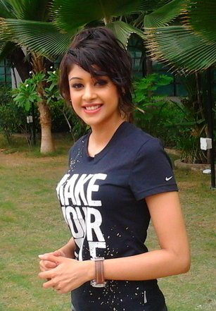 Sapna Vyas Patel Wiki, Height, Weight, Age, Husband, Family and Biography