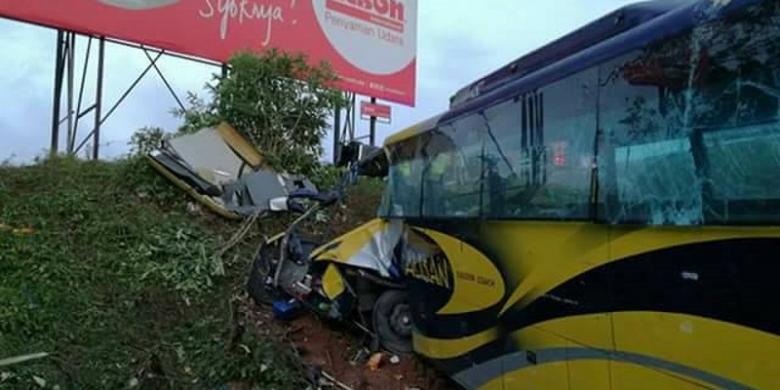 kecelakaan bus WNI menjadi korban