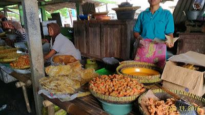Pasar Ikan di Pantai Depok