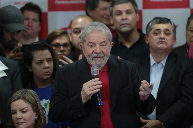 Lula compara Moro a 'czar' e diz que força-tarefa da Lava Jato mentiu